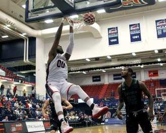 Darius Lewis Slam Dunk November 11, 2016 (Photo by: David Hague)